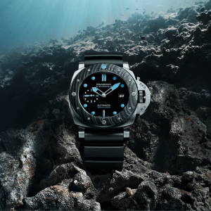(1)Submersible_PANERAI-01